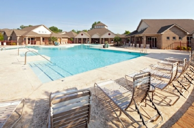 Pool located at Wold Creek Apartments.