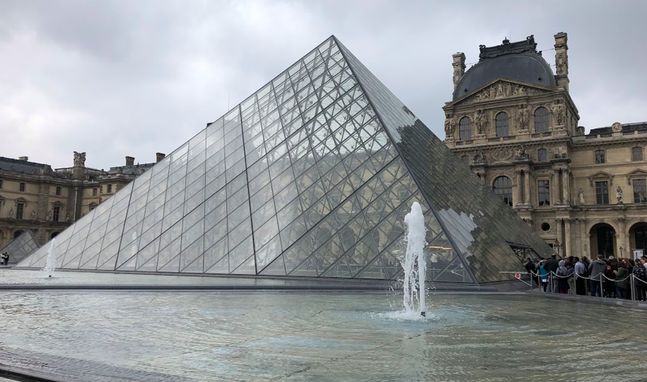 picture taken in Paris on s study abroad trip