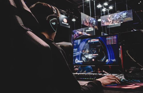 Esports Player image created by Florian Olivo from Unsplash